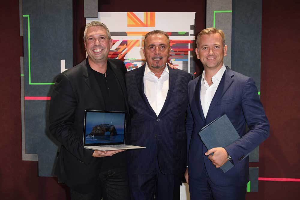 Alcantara e microsoft presentano «surface, a new touch of style», i device eleganti e innovativi
